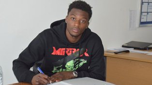 Ex-Manchester United Striker Ajose, Nigeria Target Iorfa Join New Clubs On Loan