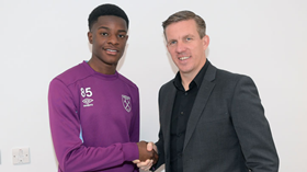 Official : West Ham Sign Nigeria-Eligible Striker Who Scored 35 Goals For Man Utd Youth Team Last Season