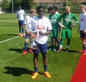 Man Utd Beat Man City, Everton To The Signing Of Extremely Talented Tottenham Midfielder