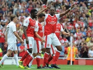Super Eagles Legend Kanu Nominated For Best Arsenal Goal Scored At Tottenham