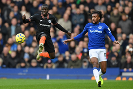 'Iwobi Had Better Leave Everton' - Nigerian Fans React To Winger's Absence Vs Tottenham