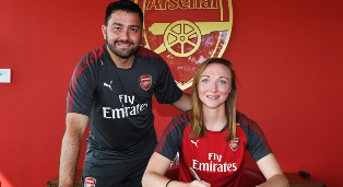 (Photo Confirmation) Respected Central Defender Pens New Contract With Arsenal