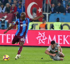 Nwakaeme Involved In Three Goals As Trabzonspor Lose Seven-Goal Thriller