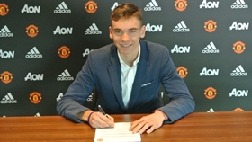 Czech Republic Wonderkid Makes Debut For Manchester United