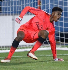 Talented GK Okonkwo Earns Promotion At Arsenal; Saka Takes Part In U23 Photocall