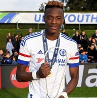 Officials Hold Talks With Chelsea Striker Tammy Abraham, Dad Over Playing For Nigeria
