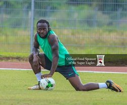 Chelsea Dazzler Victor Moses To Miss Start Of Super Eagles Training Camp