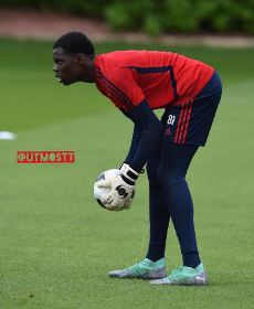 Teenage Nigeria-eligible goalkeeper returns to Arsenal training after more than a month out with injury