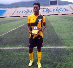 Fakunle Receives Her Player Of The Month Award