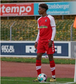 Ex-Bayern Munich left-back who models his game after David Alaba making waves at SC Freiburg